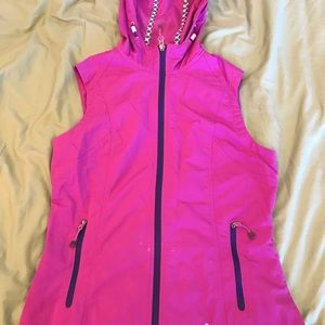 EDDIE BAUER HOODED VEST
